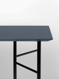 Ferm Living Tisch in Charcoal, 160 cm (div. Beinfarben)