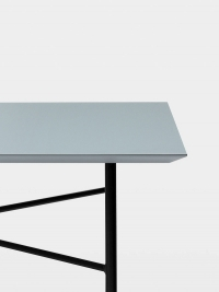 Ferm Living Tisch in Dusty Blue, 210 cm (div. Beinfarben)