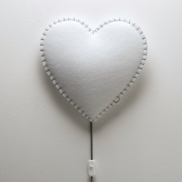 BUOKIDS Wandlampe Soft Herz, Grau