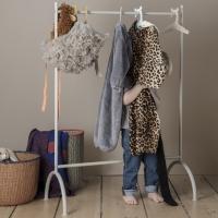 Ferm Living Kleiderständer - Grau