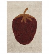 Ferm Living Fruitiana Wolle-Teppich, 80 x 120 cm - Erdbeere