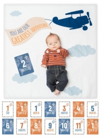 lulujo Babys First Year Swaddle-Blanket & Karten Set, Greatest Adventure