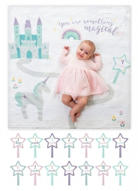 lulujo Babys First Year Swaddle-Blanket & Karten Set, Something Magical