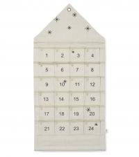 Ferm Living Star Christmas Adventskalender mit 24 Taschen