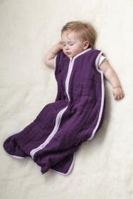 Aden + Anais Cozy Schlafsack, sugar plum - 6-12 Monate
