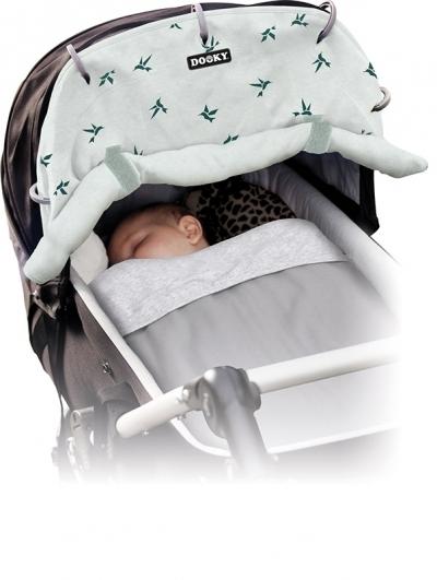 Dooky Sonnen- & Windschutz für den Kinderwagen, Origami-Schwalben