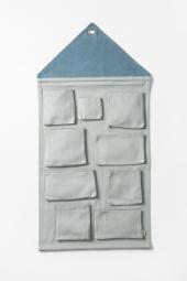 Ferm Living Wandaufbewahrung House, Blau